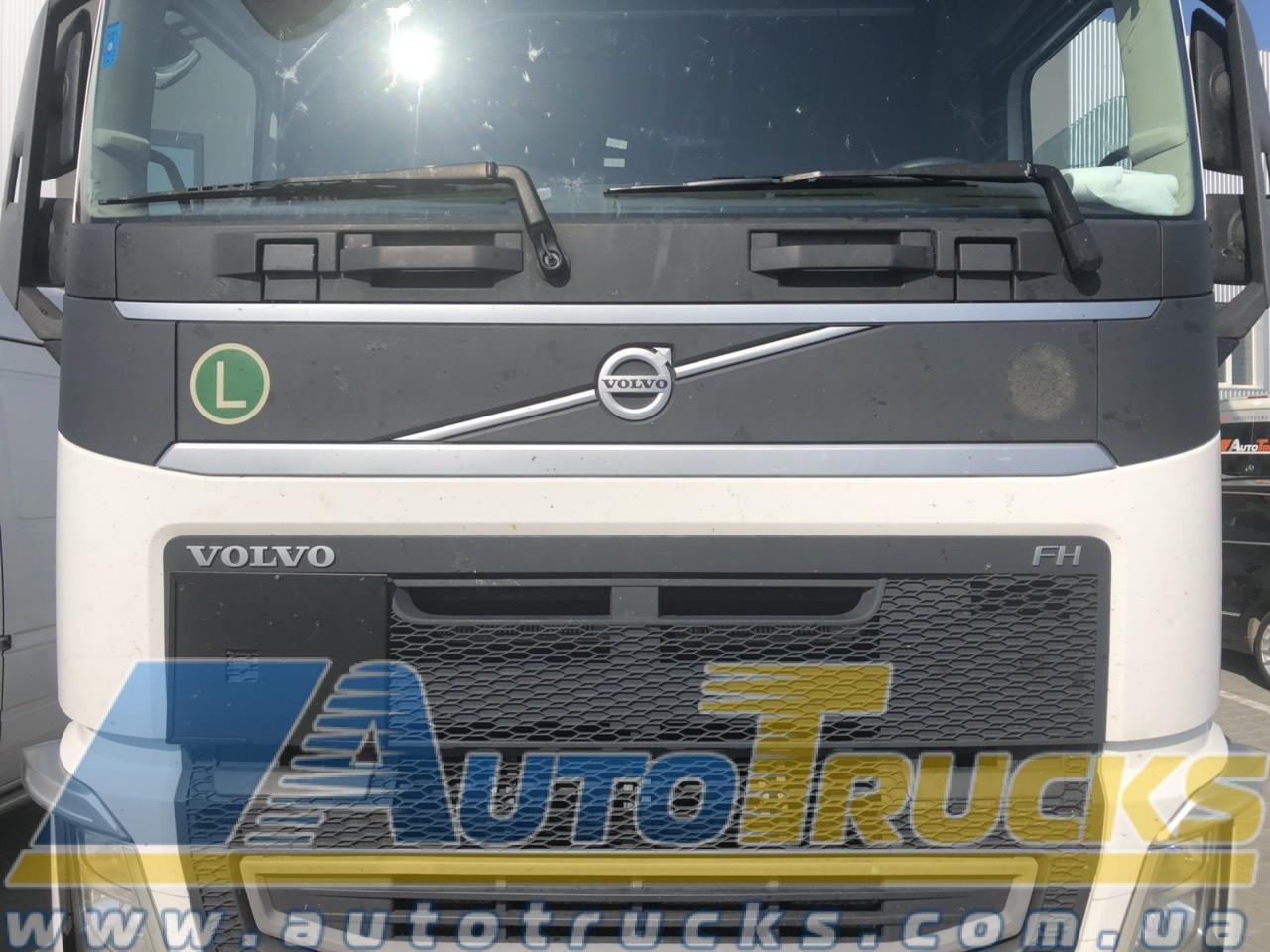 Капот EURO 6 Б/у для VOLVO FH (82154773; 84055530; 82858486; 82858516; 21941702; 84033228)