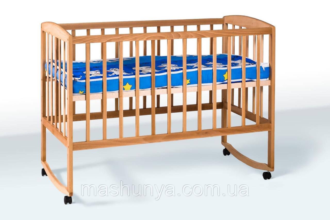 Детская кроватка из бука на колесах с качанием ТМ Гойдалка