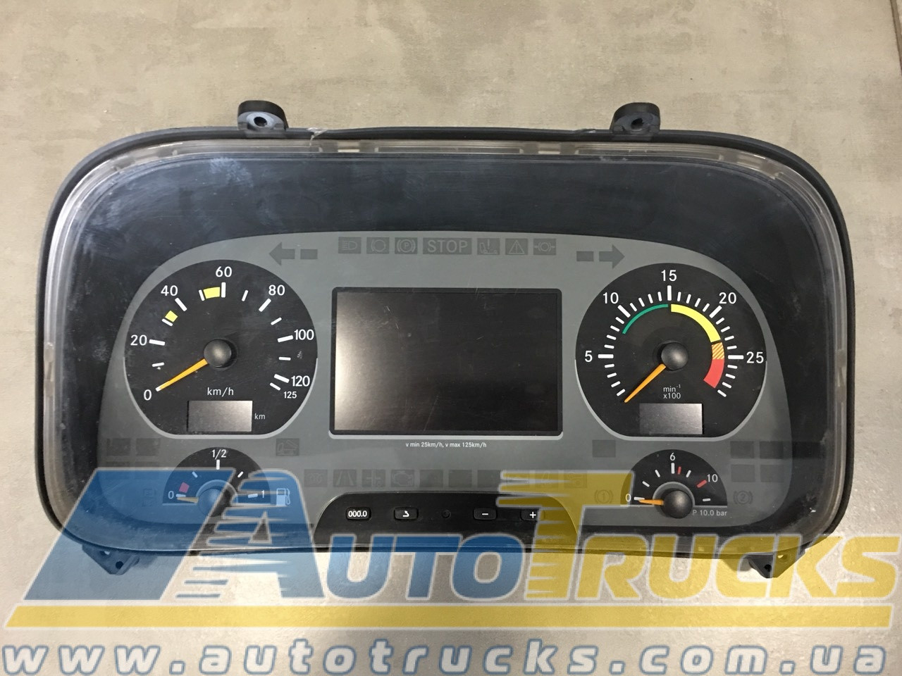 Панель приборов Б/у для Mercedes Actros (0024469921; D-78052VS)
