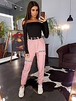 Комплект: Розовые зауженные брюки  и черный топ  с отделкой лентой