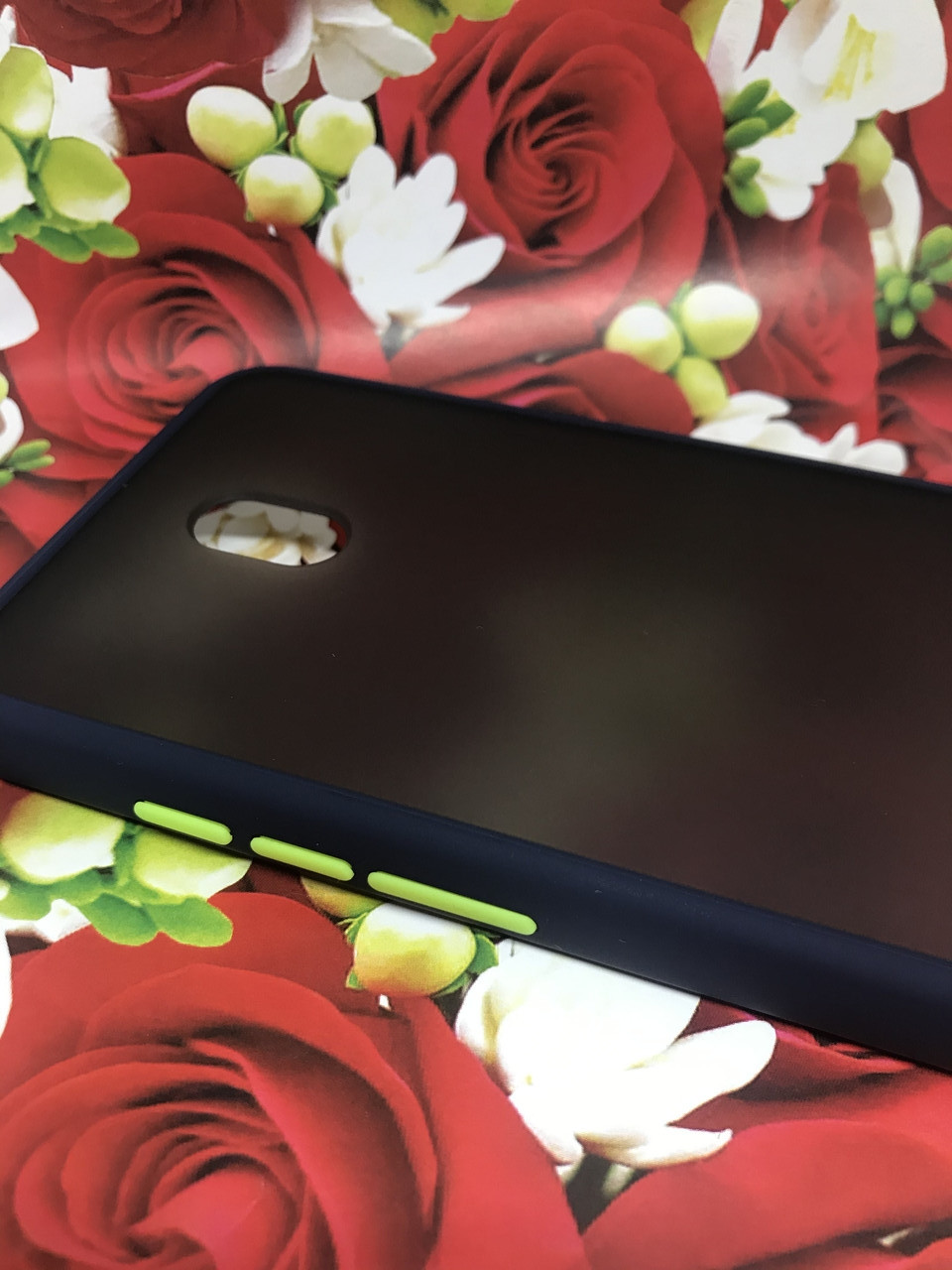 Чехол Xiaomi Redmi 8A противоударный бампер накладка цветная окантовка синий желтые кнопки
