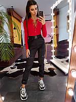 Комплект: Черные брюки-карго и красный боди в рубчик на кнопках, фото 1