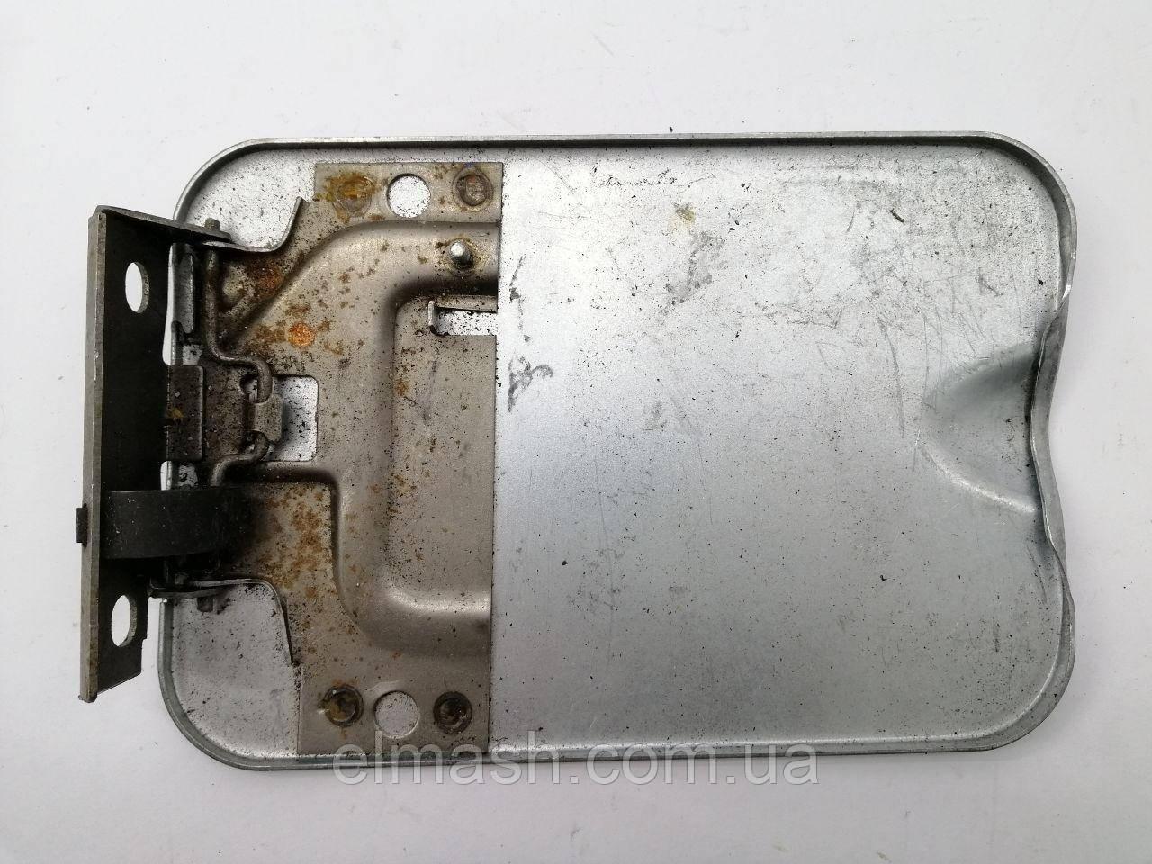 Крышка люка бензобака ВАЗ 2110 (пр-во Тольятти)