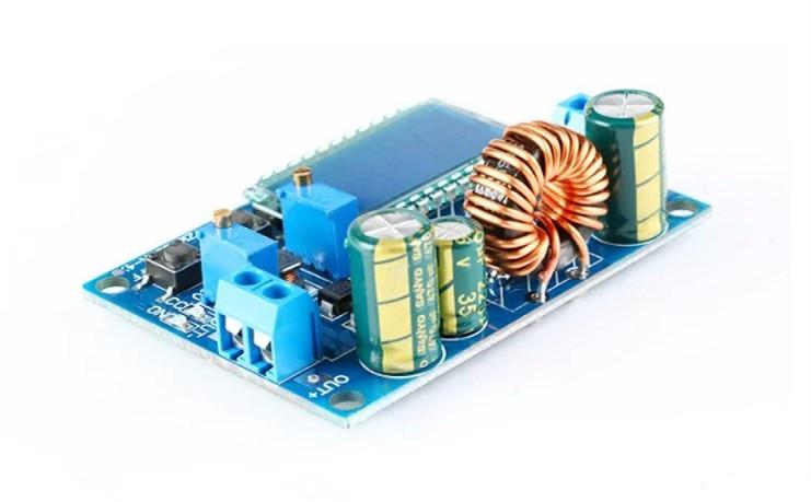Універсальний понижуючий/підвищуючий перетворювач DC-DC 5.5-30В - 0.5-30В 4А 35Вт з РК дисплеєм