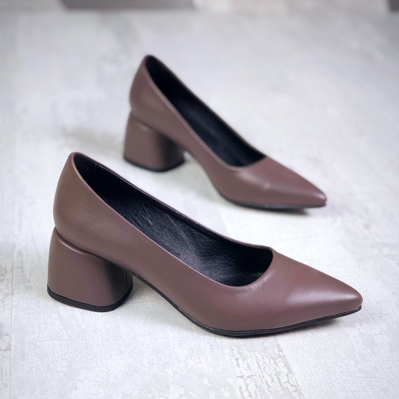 Шикарные кожаные туфли на каблучке 36-40 р кофе
