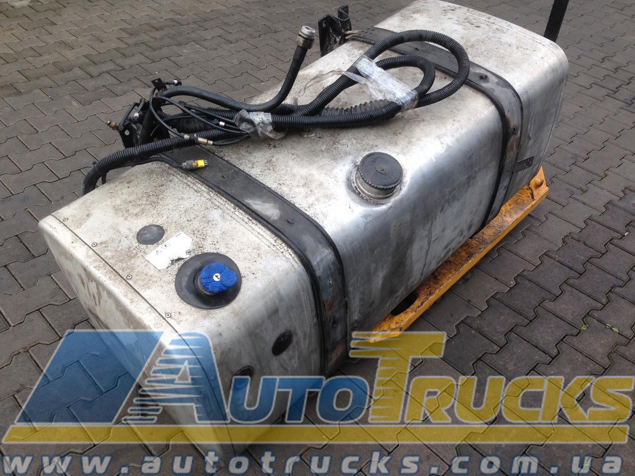 Дополнительное оборудование Бак AdBlue + топливный Б/у для MAN (81978122258)