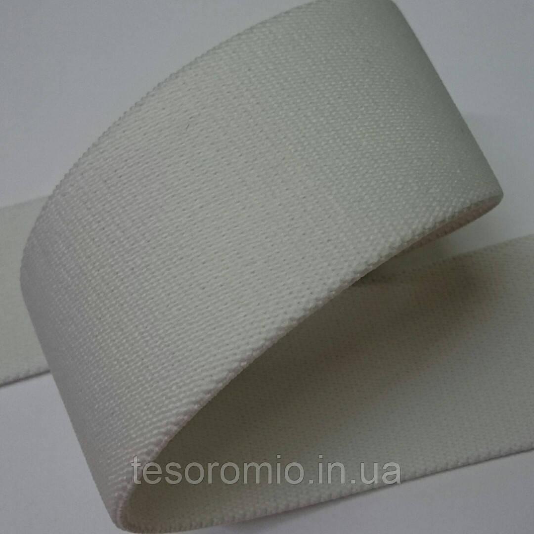 Резинка белая, плотная, объемная, тугая 40 мм.