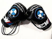 Боксерские перчатки в машину на стекло сувенир брелок 135