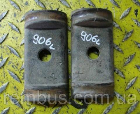 Пластина чугунная зад. рессоры (верх) MB Sprinter W906