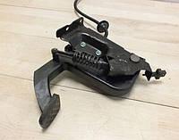 Педаль сцепления MB Vito W639