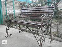 Кованая скамейка с веноградом
