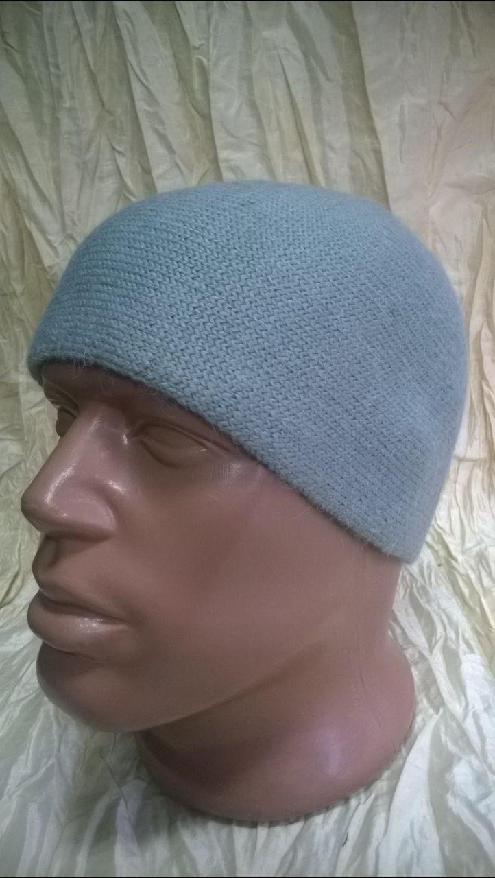 Стильная спортивная шапка  двойной вязки  мужская цвет-серый