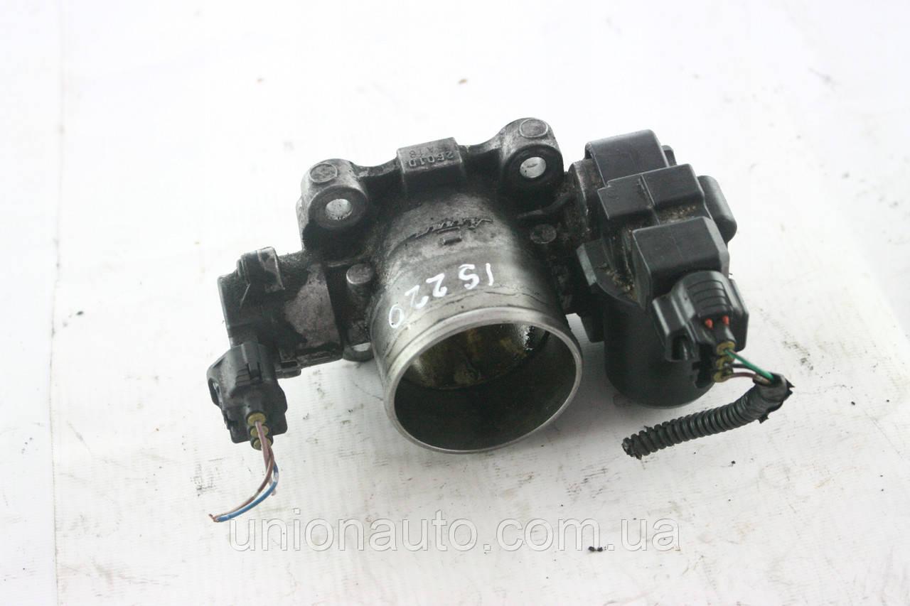 LEXUS IS220 Дроссельная заслонка
