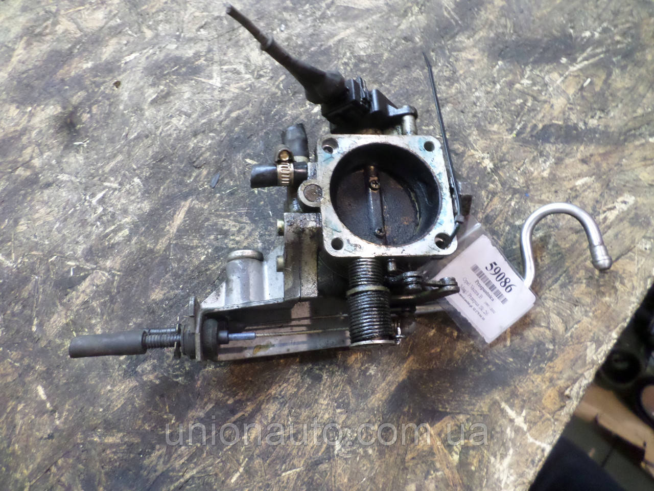 OPEL VECTRA B 95-02 2,0 Дроссельная заслонка