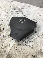 Подушка безопасности в рулевое колесо Hyundai Accent 569001e200ar
