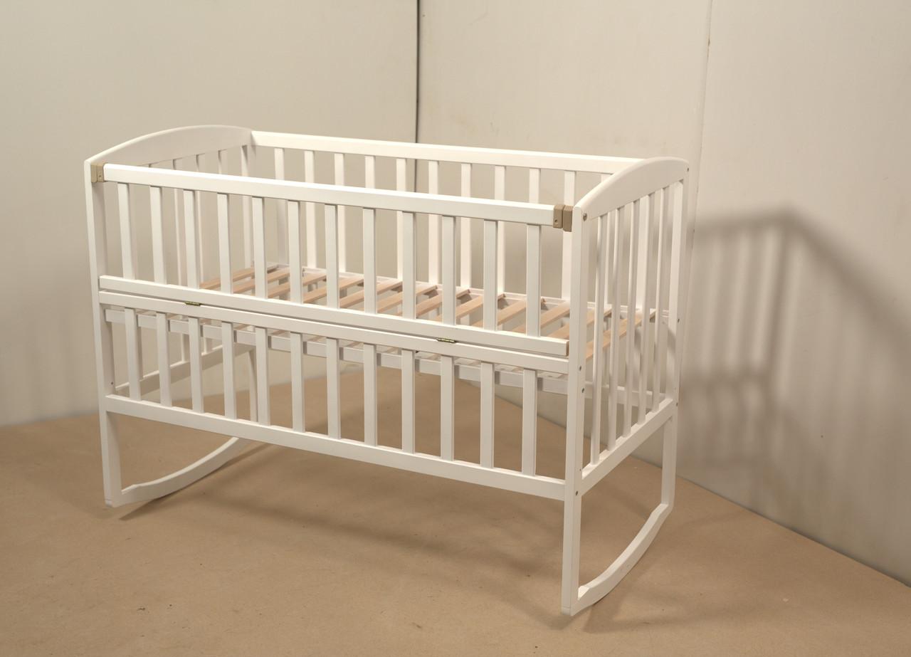 Кровать «AMELI» с откидной боковиной, дугами и колесами (600 * 1200) (Белый)