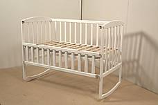 Кровать «AMELI» с откидной боковиной, дугами и колесами (600 * 1200) (Белый), фото 3