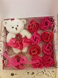 Подарочный набор мыло розы 9шт  мишка