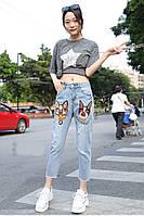 Летние женские джинсы бойфренды вышивка  стиль Гуччи Кошка Собака голубой