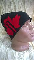 мужская спортивная шапка  двойной вязки  цвет -черный с красным