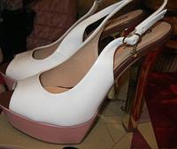 Босоножки женские  белые стильная удачная модная модель 38 р шикарно!, фото 1