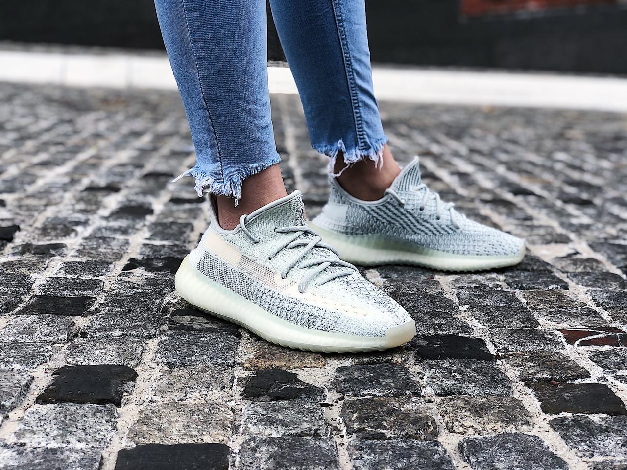 "Кроссовки женские Adidas Yeezy Boost 350 V2 ""Cloud White Reflective"" (Размеры:40,41)"