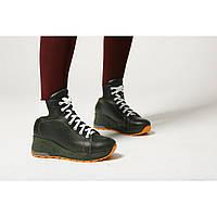 Зимние ботинки зеленого цвета на высокой подошве
