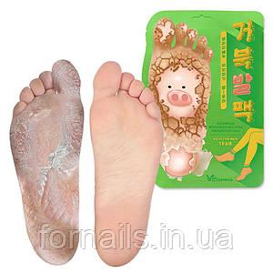 Отшелушивающая маска-носочки для ног Elizavecca Witch Piggy Hell Pore Turtle's Foot Pack 1 пара