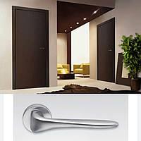 Дверная ручка для входной и межкомнатной двери Colombo, модель  Madi AM 31. Италия