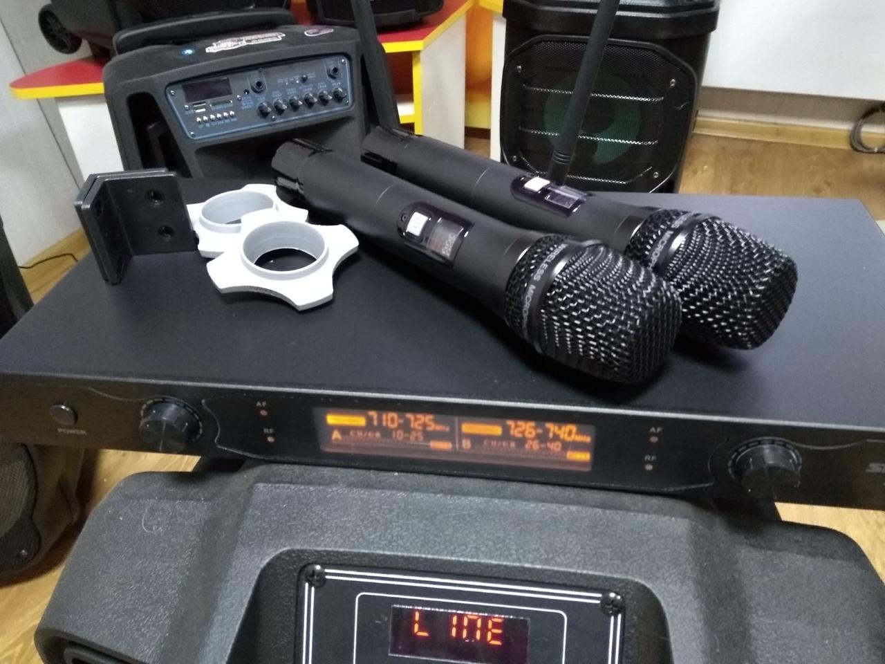 Микрофонная радиосистема многоканальная 2 радиомикрофона AK2020