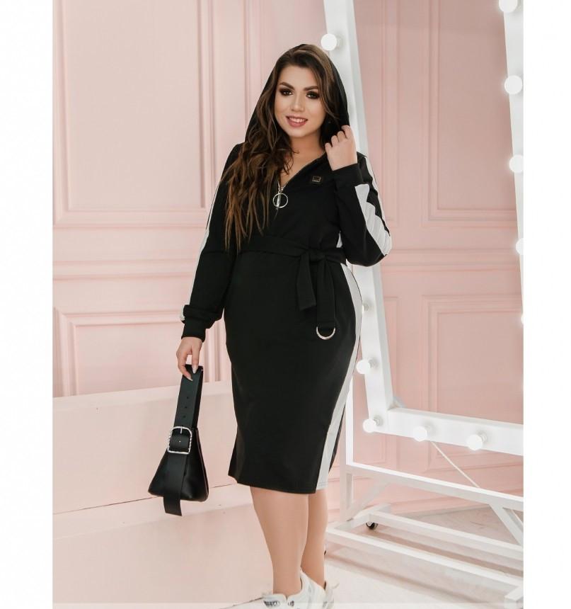 Повседневное женское платье с поясом и капюшоном белое