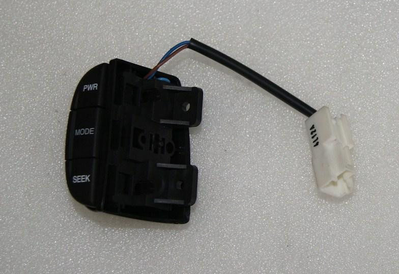 Перемикач магнітоли лівий Нубіра,Такума GM 96269389