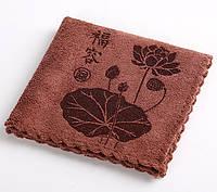 Чайное коричневое полотенце Цветок лотоса (30 см * 30 см)