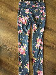 Яркие леггинсы для девочки с цветочным узором