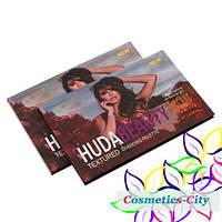 Палетка теней для век  Huda Beauty Textured Shadows Palette(Rose gold edition)-одна или две битых ячейки