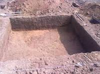 Выкопать погреб в Херсоне. Бригада разнорабочих.