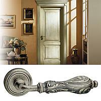 Дверная ручка для входной и межкомнатной двери Fimet, модель Flora 147. Италия
