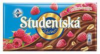 Шоколад Studentska молочный с малиной и орешками, 180 г