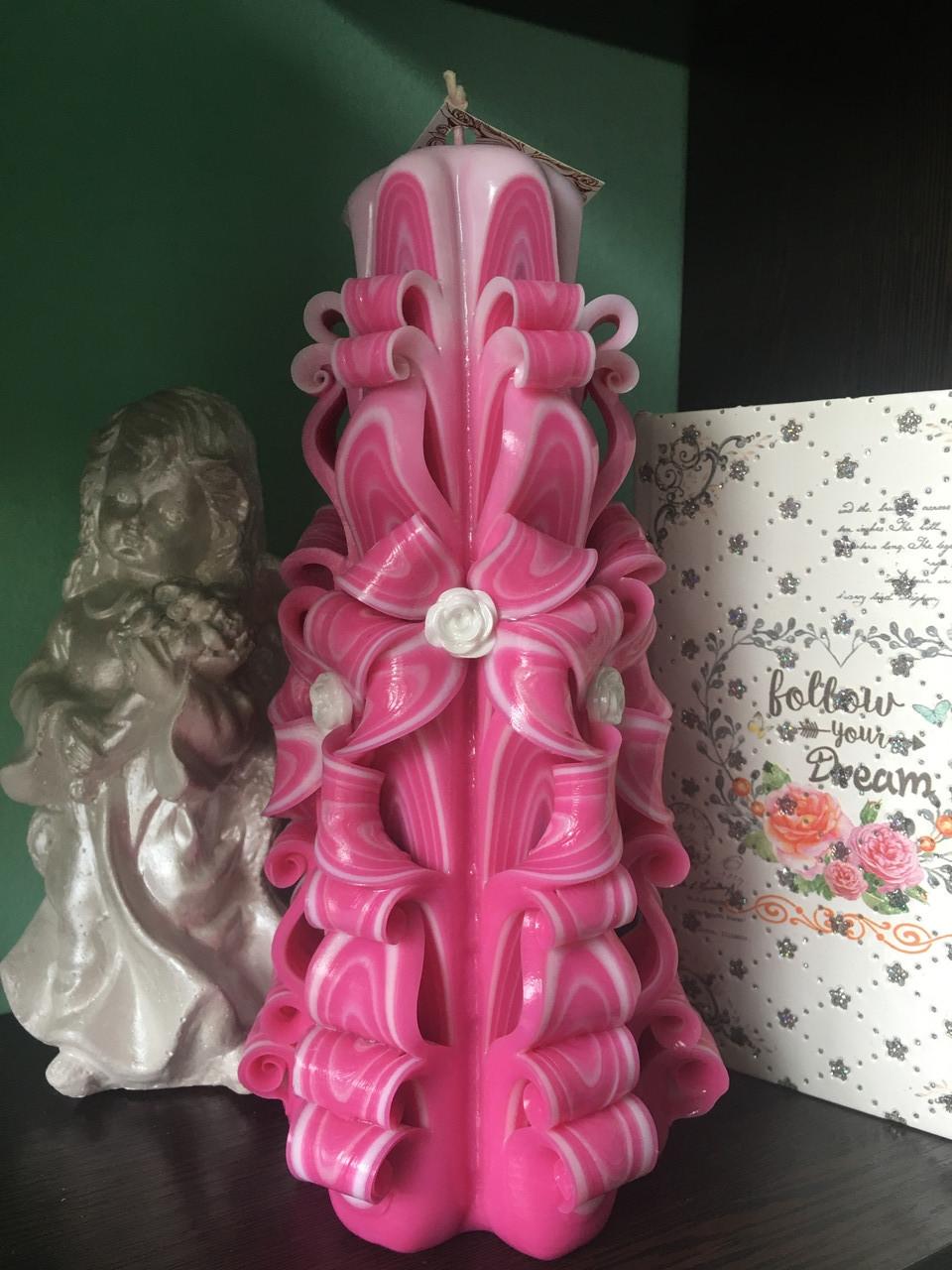 Розовенькая и нежная свеча, высотой свечи 22 см