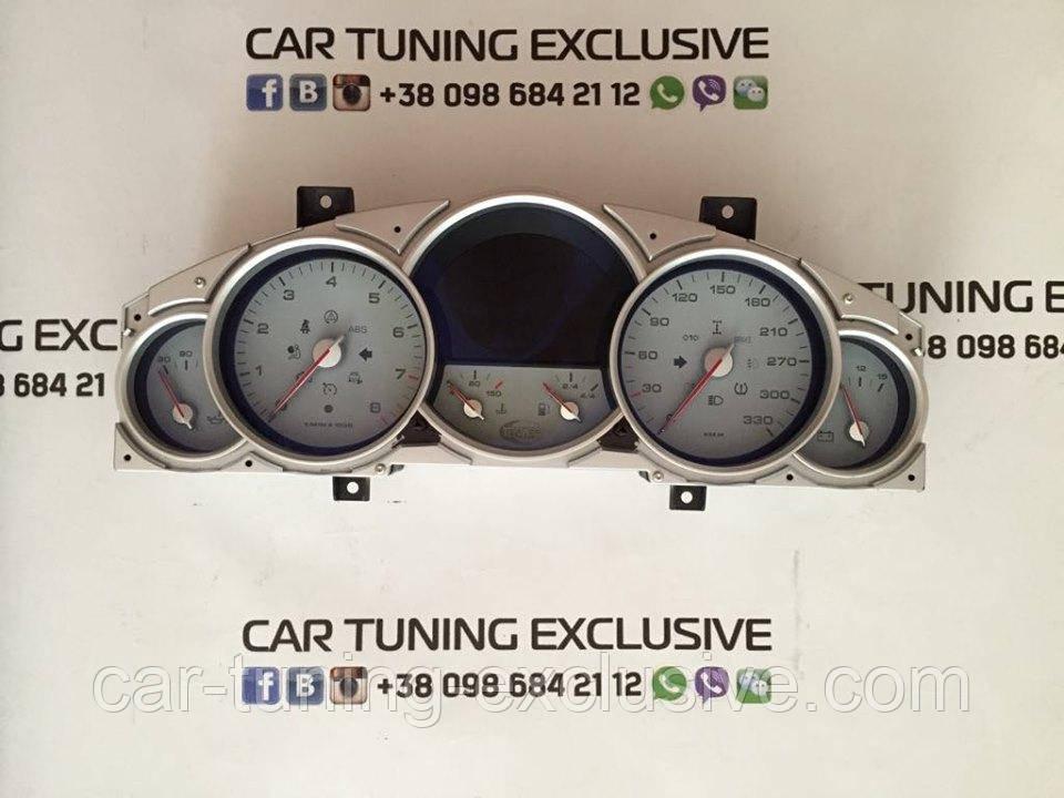 TechArt speedometer + watch display for Porsche Cayenne