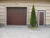 Ворота гаражные подъемные секционные Алютех в Херсоне.
