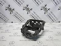 Рамка центральной консоли mercedes-benz w251 r-class (A2516800014), фото 1