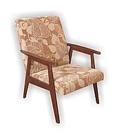 Кресло мягкое. Ножки дерево