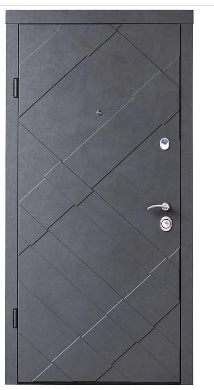 Вхідні броньовані квартирні двері Straj (Берез) модель GRAND