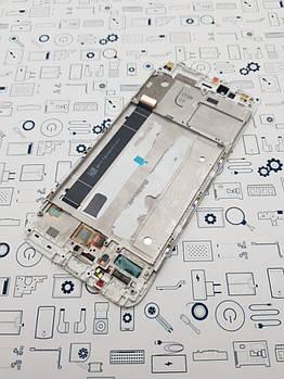 С дефектом. Дисплей Xiaomi Mi A1 модуль белый Сервисный оригинал с разборки