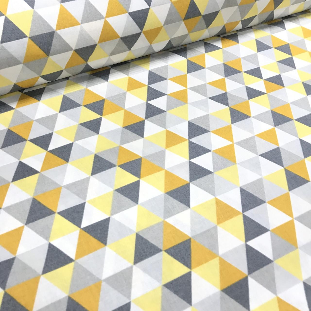 Хлопковая ткань польская треугольники желто-оранжевые
