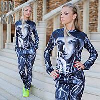 Женский спортивный костюм с картинкой