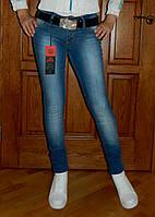 Брендовые женские джинсы Лав Мосчино - распродажа ниже закупки