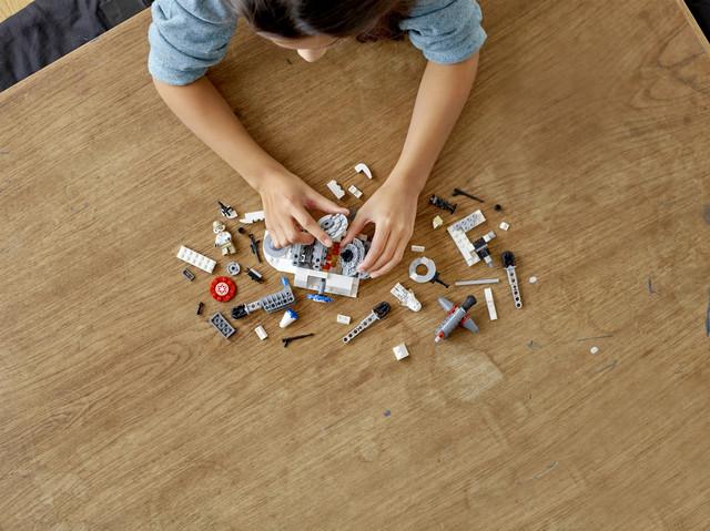 Конструктор LEGO Star Wars Руйнування генераторів на Хоті 235 деталей (75239)