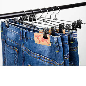 Вешалки с прищепками, зажимами для брюк и юбок